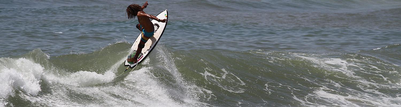 Boujmaa Guilloul Surfing - Moulay Bouzerktoun Morocco